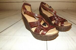 BORN-Brown-Leather-Ankle-Strap-Wedge-Heels-Sandals-Open-Toe-Shoes-Womens-Sz-8M
