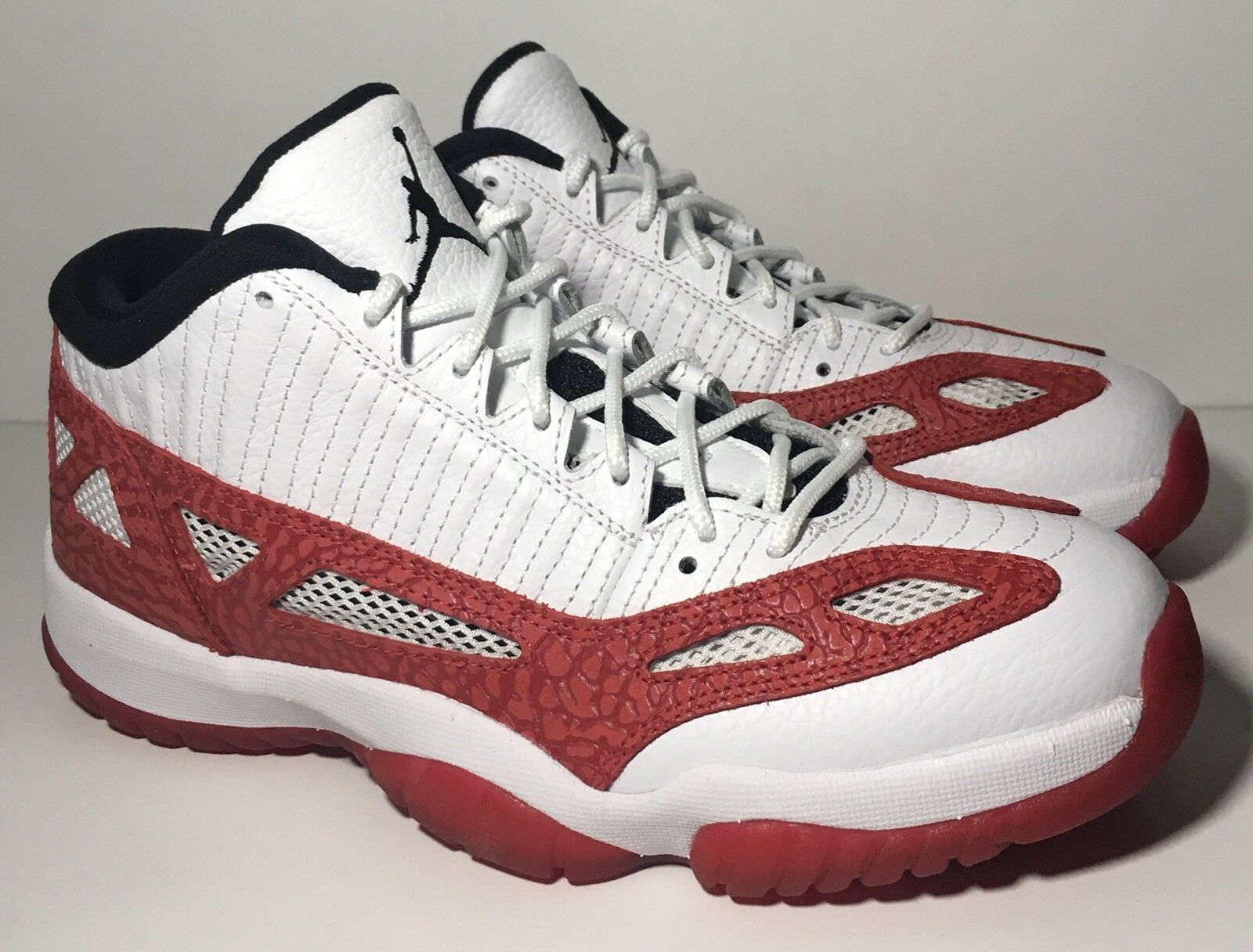 SZ.7 Men's Nike Air Jordan 11 XI Retro Low IE 919712-101 White/GymRed.Black