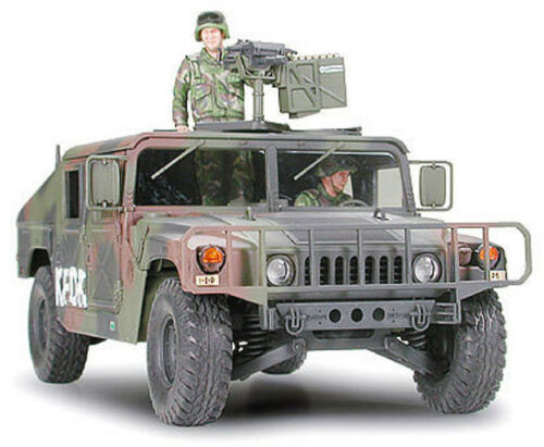 Tamiya 35263 1//35 Scale Military Vehicle Model Kit M1025 Humvee Armament Carrier