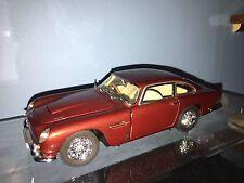 Danbury Mint 1964 Aston Martin DB5 1:24 Diecast Car Dubonnet Red DIECAST CAR