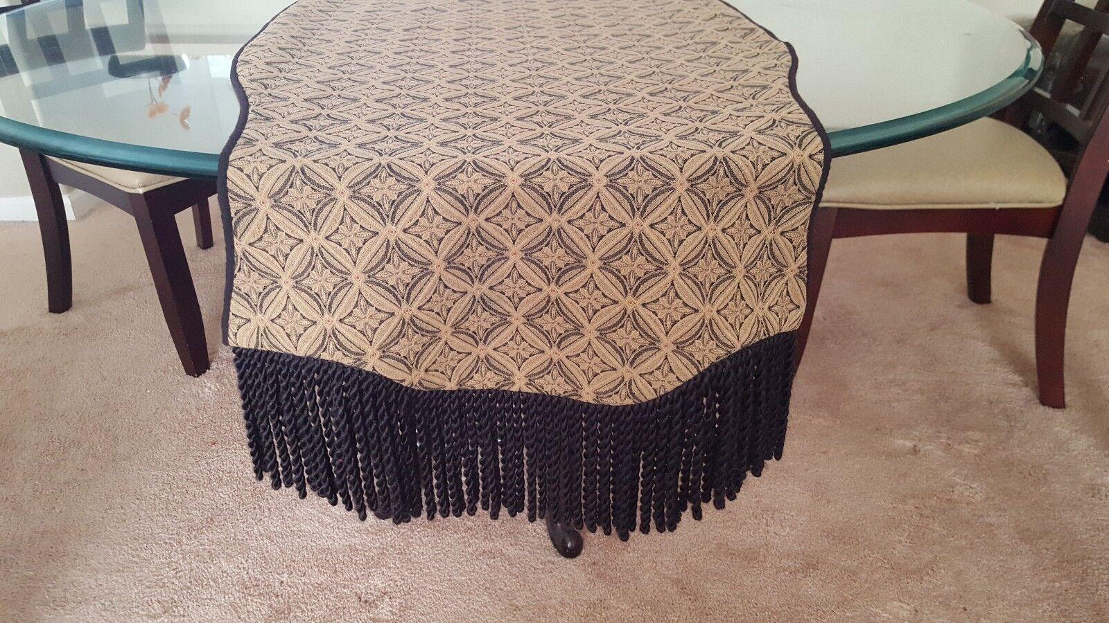 62 (environ 157.48 cm) Table Runner style classique avec Brosse à Frange Décoration