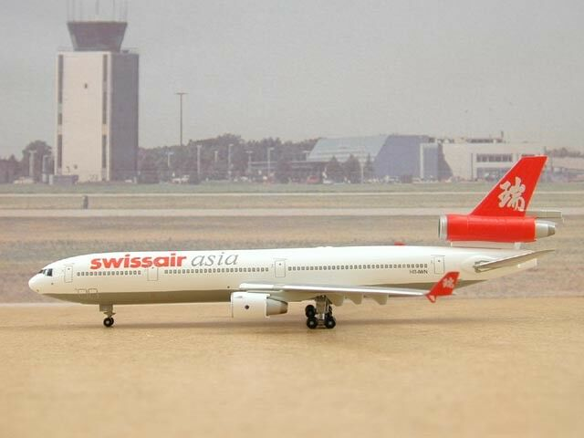 Swissair Asia MD-11 (HB-IWN), 1 400 Dragon Wings