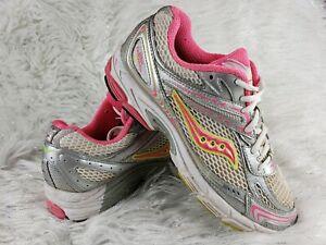 Saucony Grid Tornado 5 Running Shoes