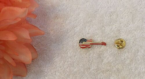 GUITAR LAPEL PIN FLAG USA STARS STRIPES MUSIC ROCK ROLL MUSIC PLAY STRING BASS P