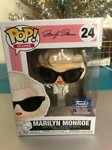 Marilyn-Monroe-Hollywood-Funko-Pop-Vinyl-New-in-Mint-Box-Protector