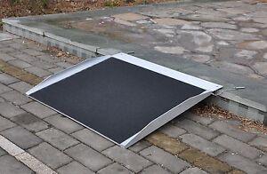aluminium alurampe rollstuhl rampe auffahrrampe f r rollst hle rollatoren 122cm ebay. Black Bedroom Furniture Sets. Home Design Ideas