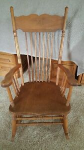 Fabulous Details About Antique Solid Wood Rocking Chair Beatyapartments Chair Design Images Beatyapartmentscom
