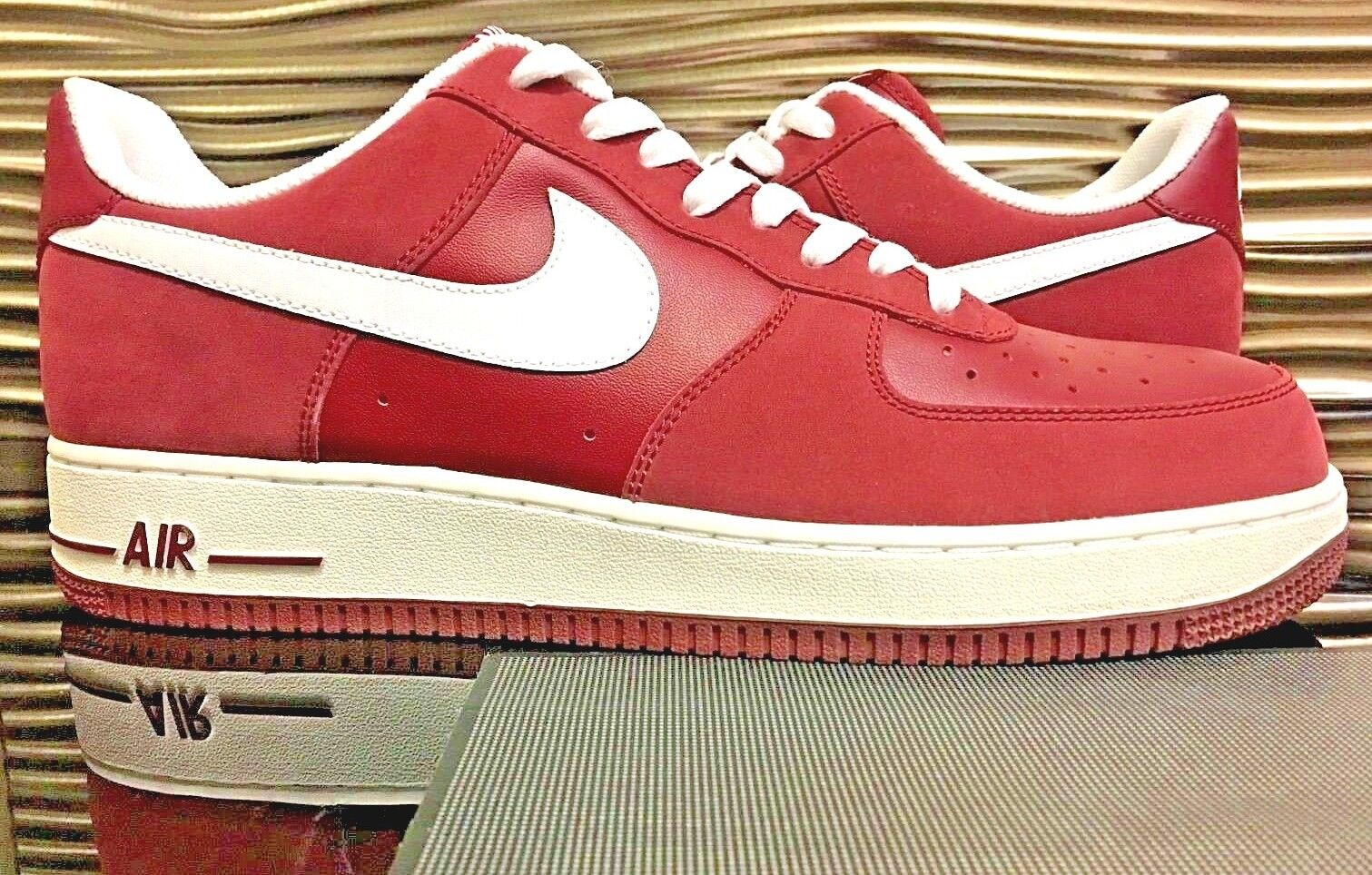 2007 Nike Air Force 1 Supreme Red Suede DS Men's Size 11.5 leather 315122 611