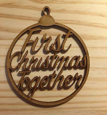 """Laser Cut """"primo Insieme Di Natale Christmas Tree Bauble, Regalo Tag-mostra Il Titolo Originale Famoso Per Materiali Selezionati, Disegni Innovativi, Colori Deliziosi E Lavorazione Squisita"""