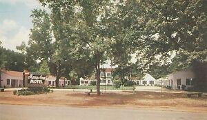 LAM-W-Albany-GA-Merry-Acres-Motel-Exterior
