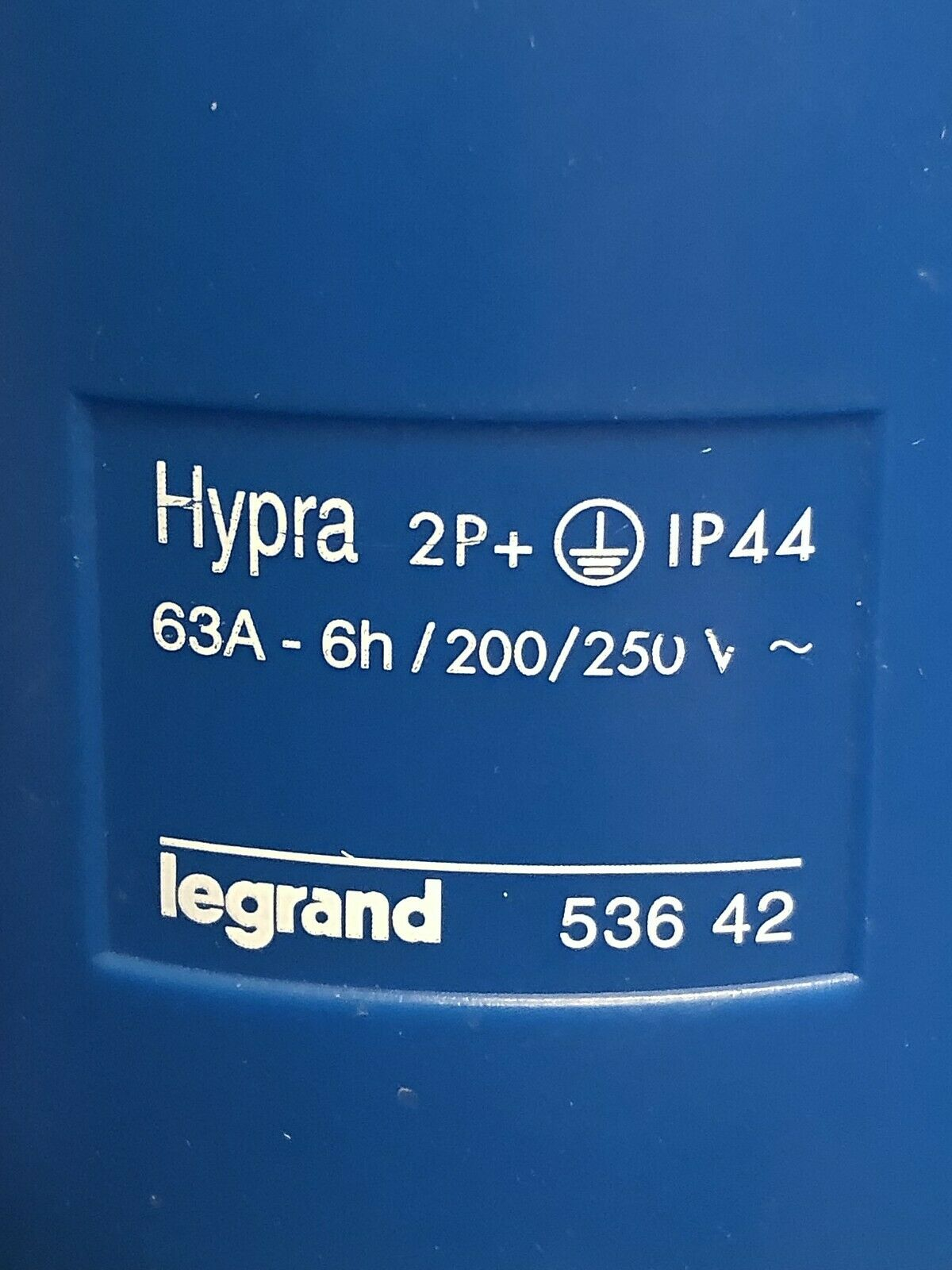 Legrand Hypra 536 42 53642 male pin /& sleeve plug connector 63 amp 250 volt