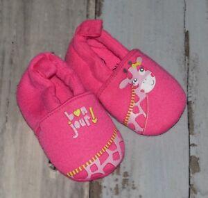 060de3fbb850a Superbes Chaussons en coton rose imprimé GEMO fille 0   3 mois ...