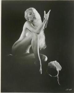 Vintage-Pinup-Girl-Photo-381-Oddleys-Strange-amp-Bizarre