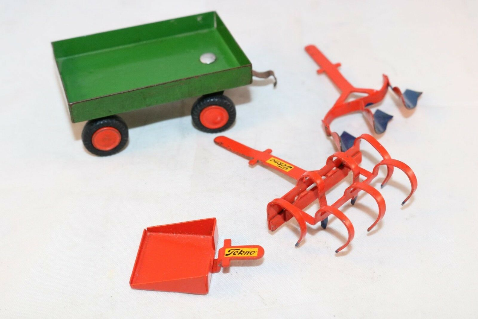 Tekno Denmark agricultural vehicle parts all original and in excellent condition