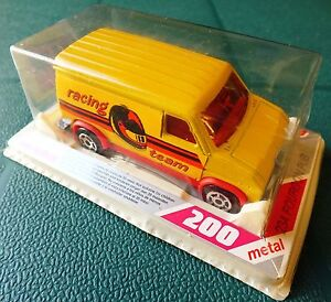 MAJORETTE-FOURGON-PUB-No234-SERIES-200-RACING-TEAM-MINT-in-BLISTERPACK