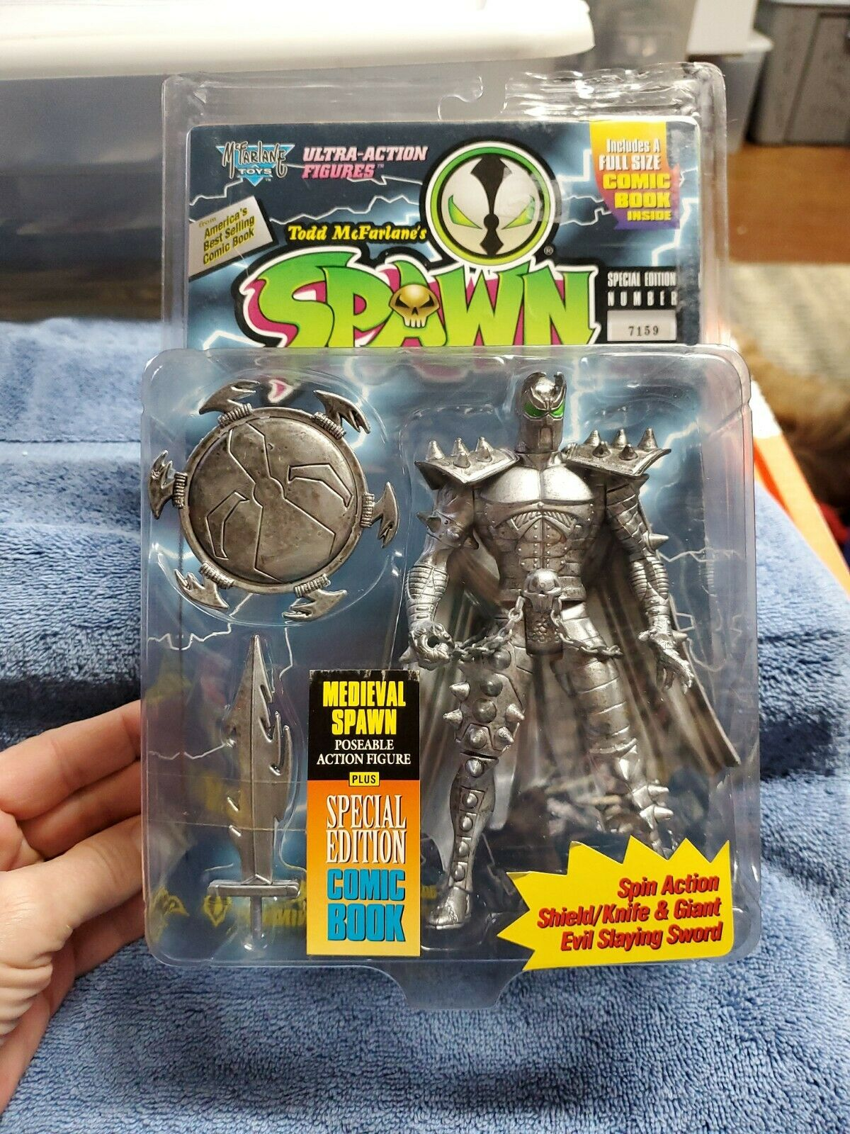 1995 McFarlane Special Edition #7159 Ultra Action Medieval Spawn With Comic Book on eBay thumbnail