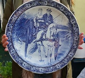Delft-Boch-Royal-Sphinx-Cabinet-Wall-Charger-Platter-Blue-White-40-cm-LARGE