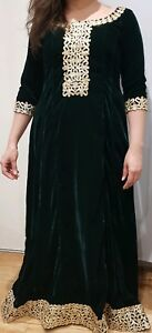 Indian-Pakistani-Asian-Readymade-Green-Velvet-Dress-for-Wedding-and-Partywear