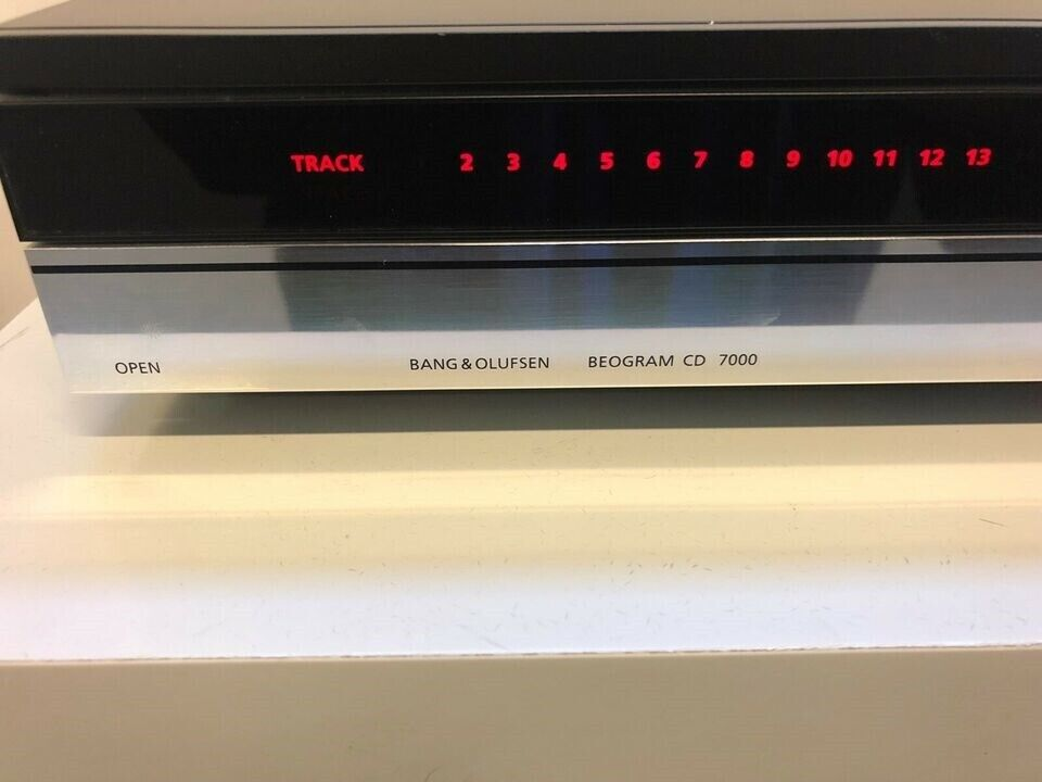 BEOGRAM CD 7000 I SORT/CROM MED 6 MDR. GARANTI...