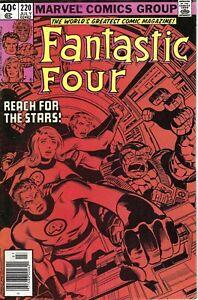 Fantastic Four #220; Upper Mid Grade Marvel Book; Origin, John Byrne, Avengers