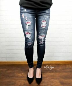 NWT-Judy-Blue-Bandana-Patch-Skinny-Jeans-Judy-Blue-Sizes-1-3-or-5-only