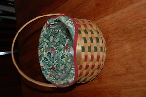 longaberger-Christmas-collection-2003-caroling-basket-no-lid-has-inserts