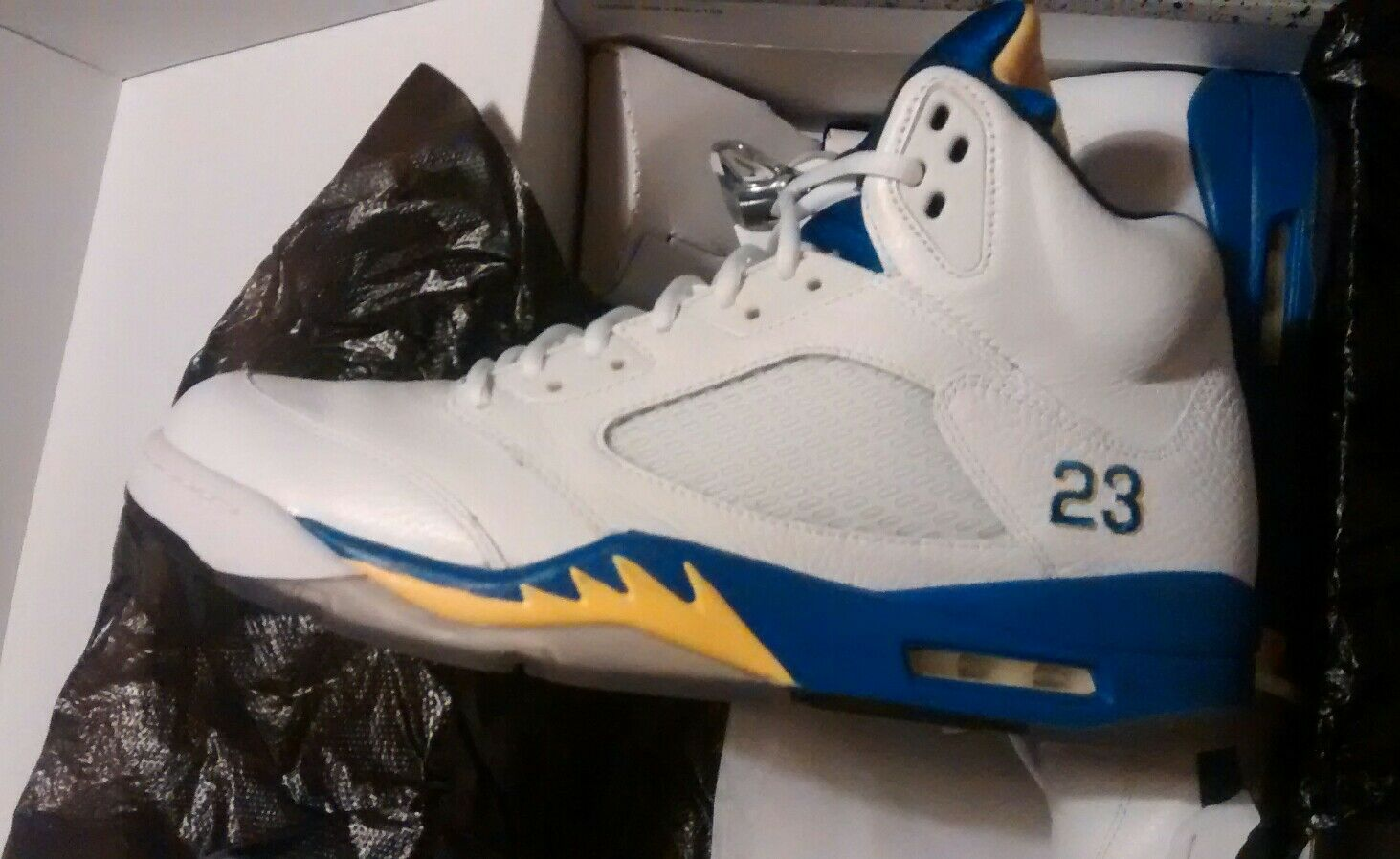 494c5206b5137e Air jordan 5 % authentic as all my Jordans. laney are nntfut2844 ...