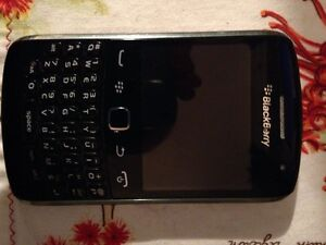 Blackberry 9360 curve 4gb smartphone.on o2