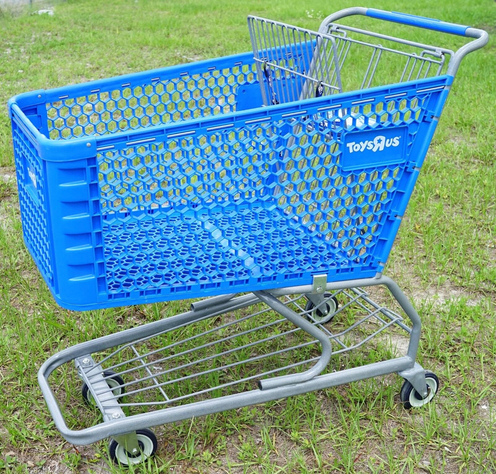 Details about  /TOY/'s R US shopping cart Toy Kids Store Carts Shop Fun Blue Vintage