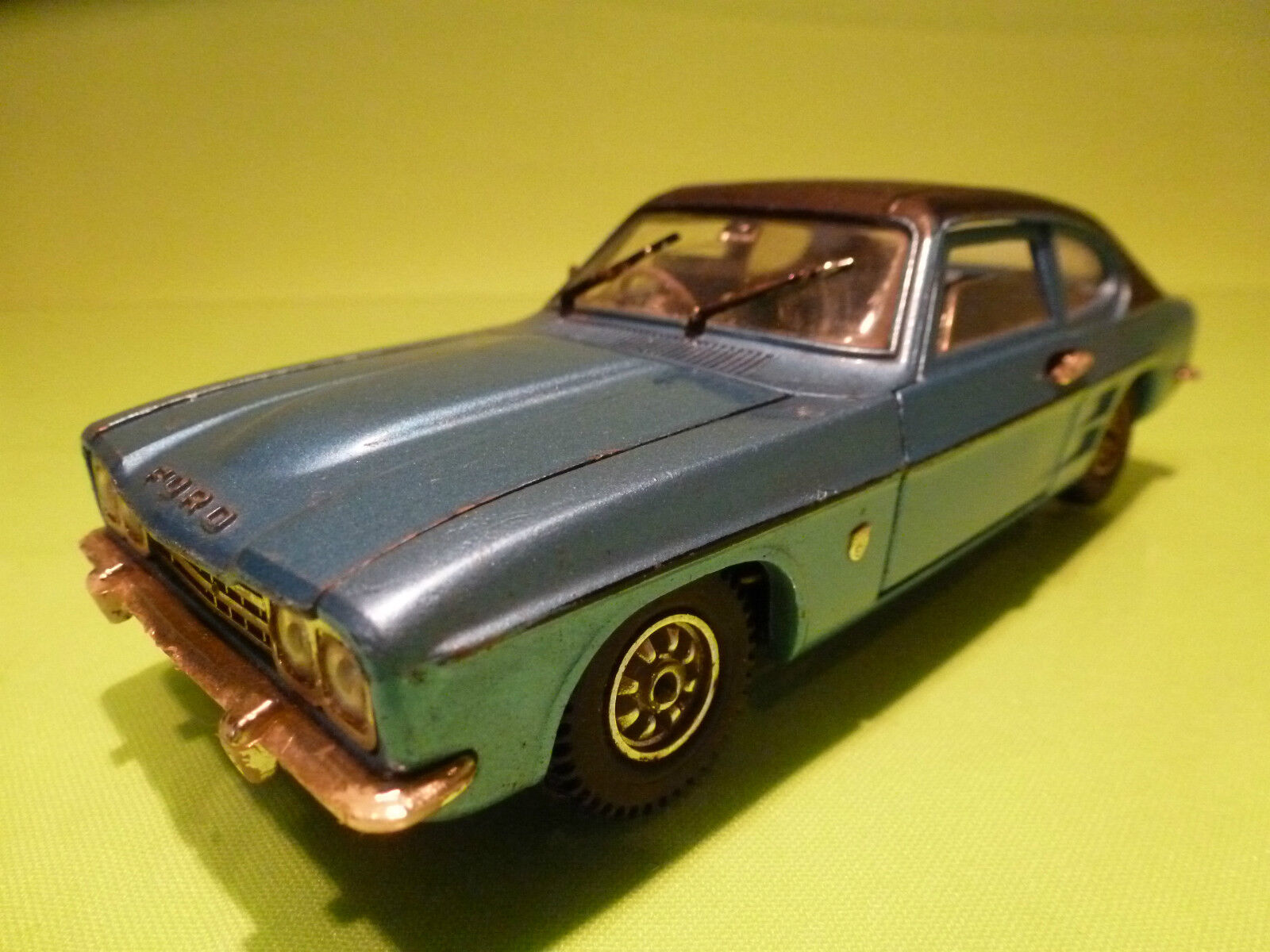 DINKY TOYS 2162 FORD CAPRI - blu 1 25 - RARE SELTEN - GOOD CONDITION