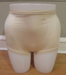 Playtex Free Spirit Fanny Shaper Brief//shaper//girdle Tan//beige Size Small