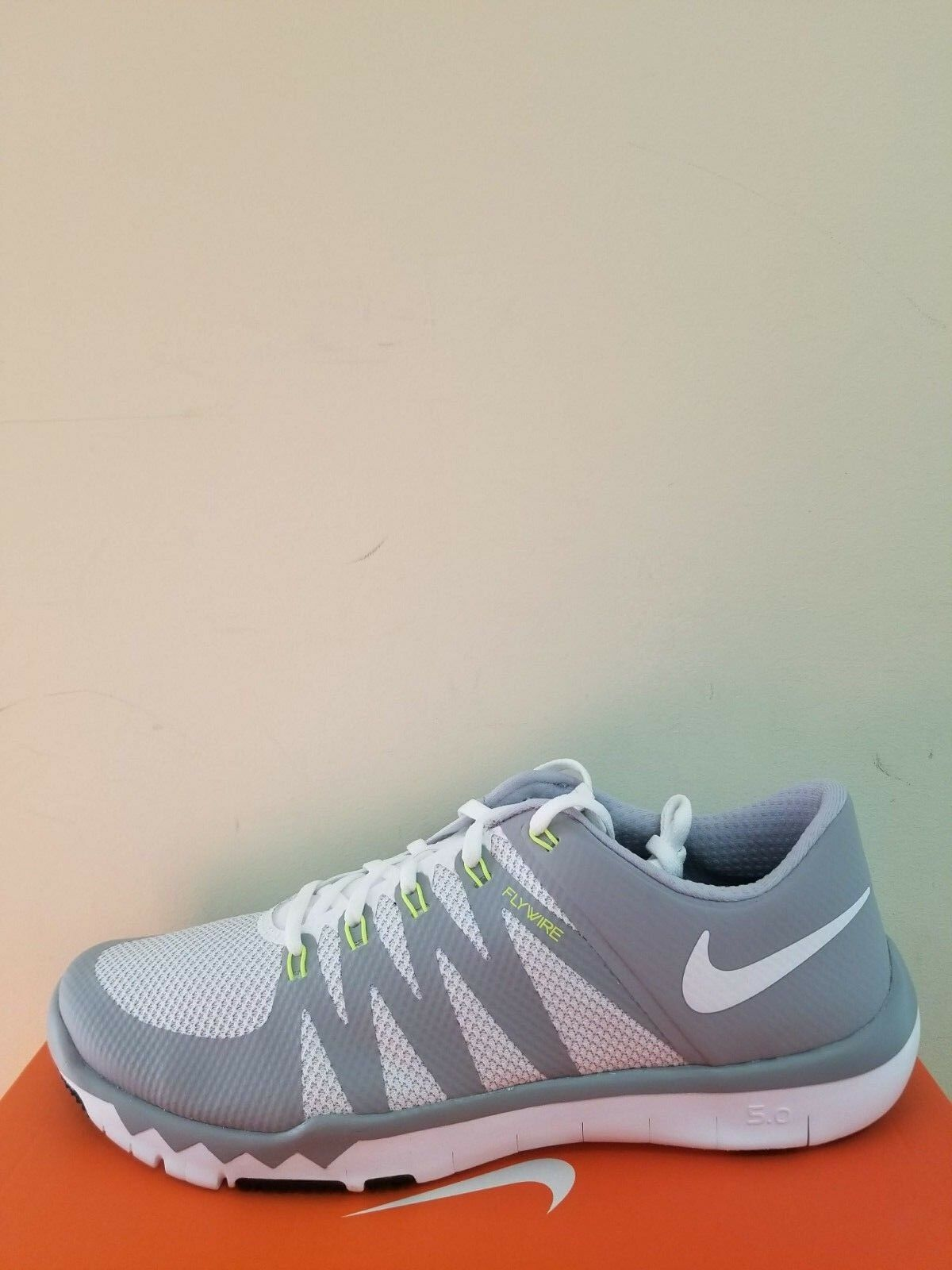 Herren Nike Gratis Trainer 5.0 V6 Kreuz Training Schuh Größe Größe Größe 12.5 Neu in Box 2860df