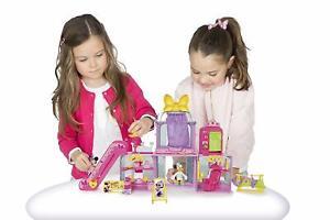 Minnie-Mouse-Centre-Commercial-avec-Lumiere-et-Sons-Figurines-Daisy-40x29-CM