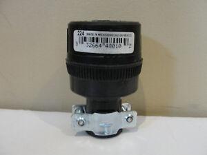 Cooper 224 15-Amp 125-volt Commercial Grade Straight Rubber Connector, Black