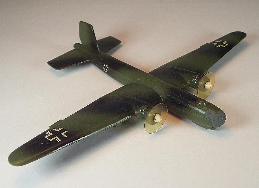 Wiking Grope Plane 1 200 Heinkel he 177 Camo Finish Dark Green  236