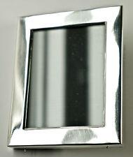 Kleiner feiner Fotorahmen, 900 Silber, mit Aufsteller+Glas, 9 x 11 cm.