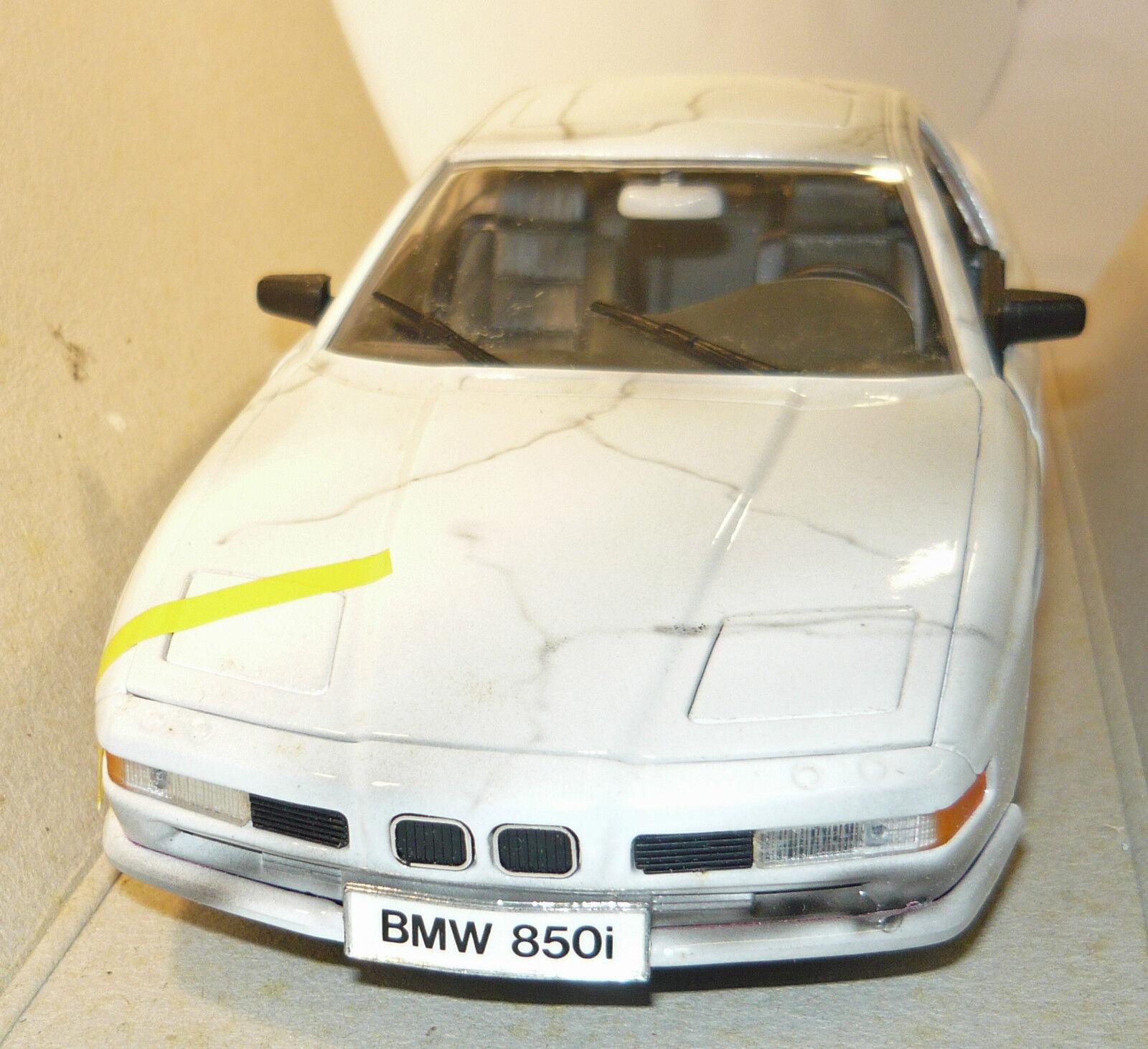 BRACCIO & Götz 553 007, BMW 850i (1990) Marble motif, hand painted, rare, 1 18,NEU&OVP