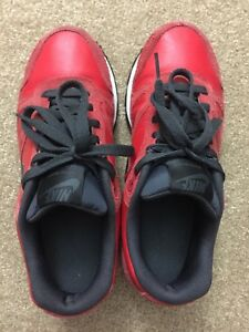sports shoes d27a3 33d11 Image is loading Nike-Air-Waffle-Trainer-Leather-Size-6-5