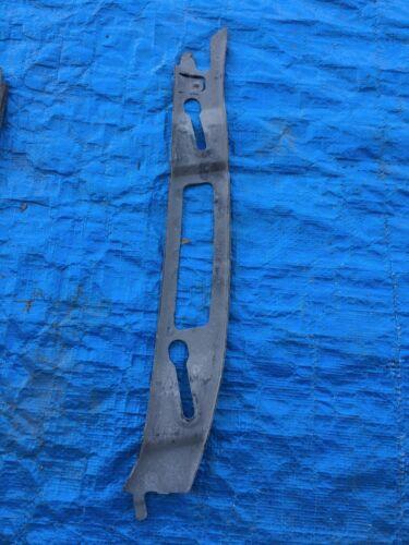 Genuine 2000-2002 Saturn Bumper Cover Backing Plate SL SL1 SL2 Support BRACKET