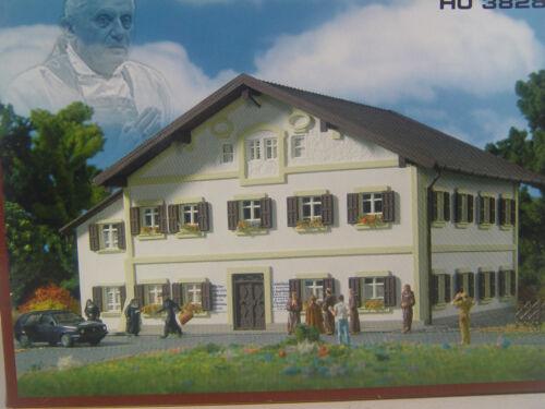 1 von 1 -  Papst Geburtshaus  - Vollmer  HO 1:87 Gebäude Bausatz   3828      #E