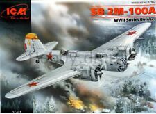 ICM 72162 WWII Soviet Bomber SB 2M-100A  1/72  plastic model kit 170 mm
