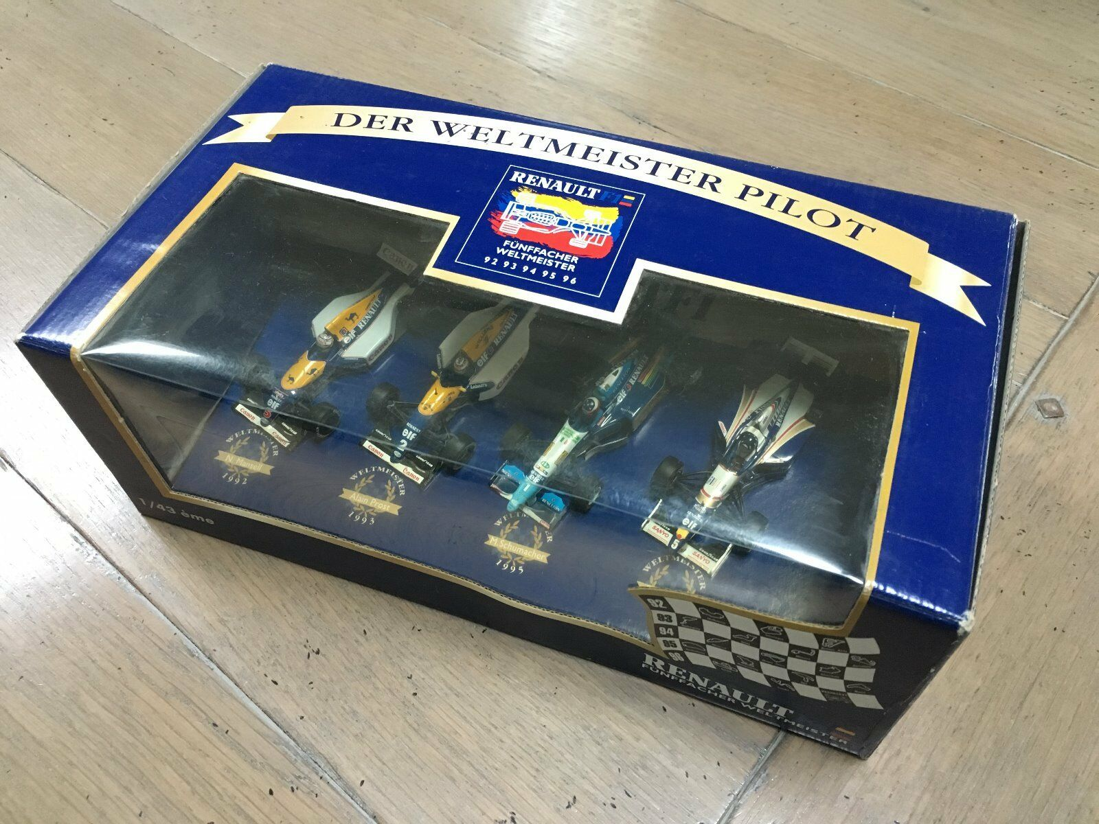 Renault Williams Benetton with the MSC 17 SCHUMACHER World Champion Minichamps