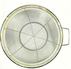 Holiday-Vintage-Cooking-Wire-Metal-Mesh-Colander-Strainer