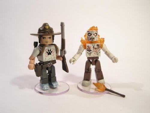 The Walking Dead Minimates série 6-Carl Grimes Et brûlé Zombie