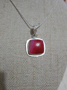 Natural-Pink-Botswana-Agate-Gemstone-Pendant-amp-Silver-Plated-Chain-Jewellery