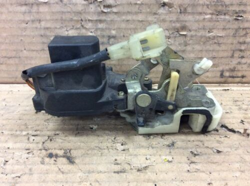 86 87 88 89 Accord 4DR LX LXi Right Rear Door Latch Pwr Lock Assy Used OEM