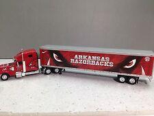 HO 1/87 TNS Freightliner Coronado w/53' Dry Van in Arkansas Razorback Logo Color