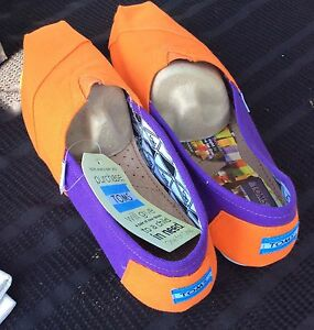 1cba50a3591 Image is loading Toms-Clemson-University-Campus-Classics-Shoe-W12