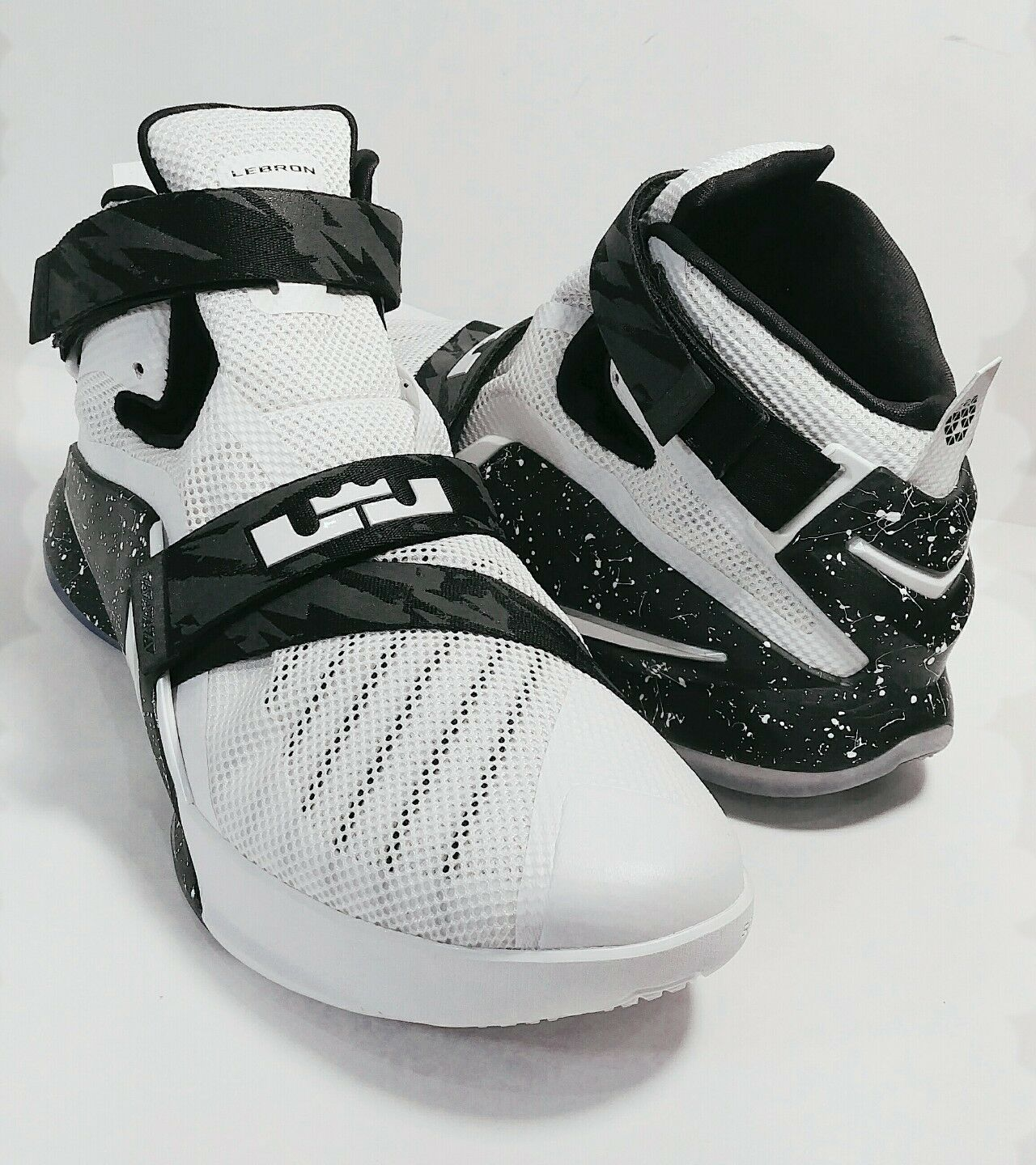 Nike Lebron Soldier IX PRM EP White/White-Black Price reduction Comfortable Special limited time