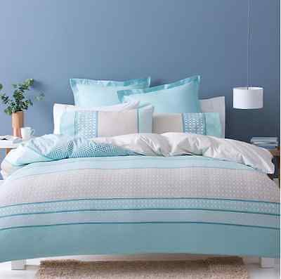 New Blue & White AVA 3pc Doona / Quilt Cover Set - Queen Bed Size
